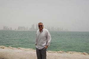 Bob-in-Qatar-300x199